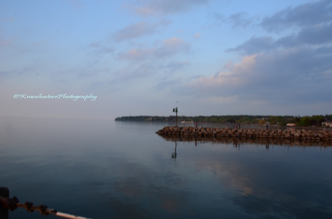 fog rolling in... the other side of this great lake is Canada
