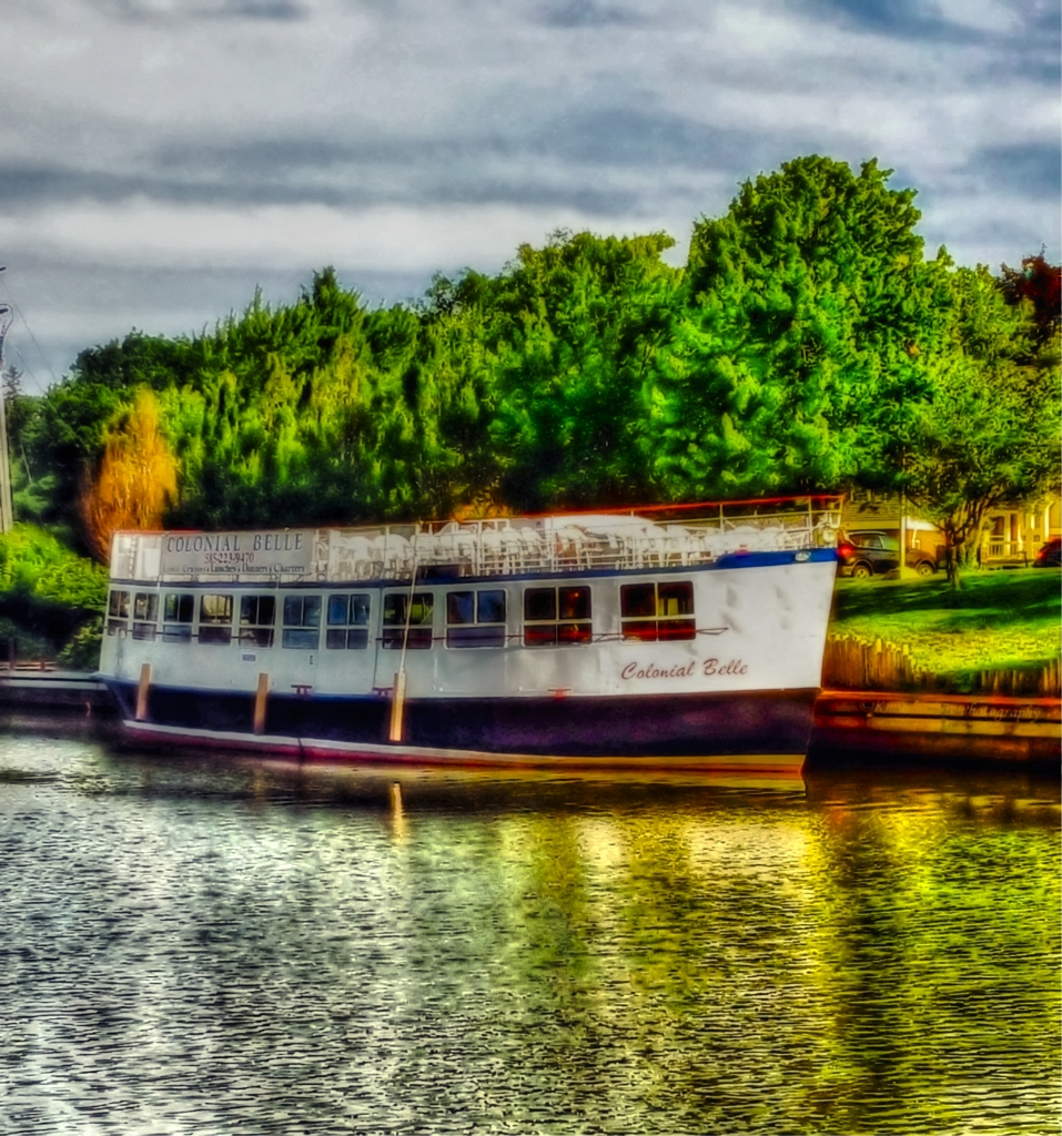 Colonial Belle, our largest touring vessel. it will take you on a memorable  on the Erie canal, and through a lock