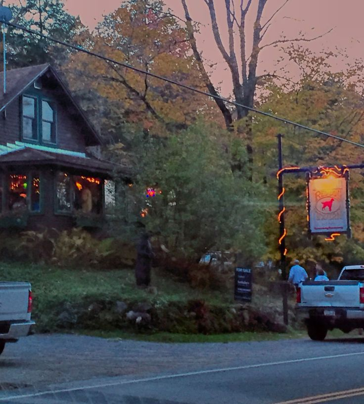 early supper at another favorite place of our The RED DOG. just down the road from our motel..very handy:)